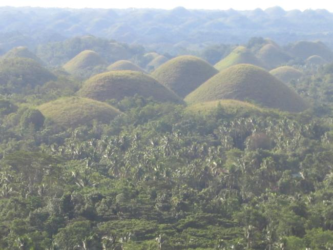 bohol tour chocolate hills