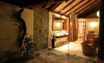 ariara island_beach cottage2