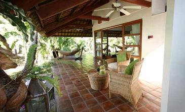 ariara island_beach cottage veranda