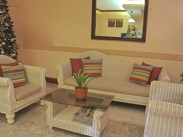 vacation hotel cebu_lobby
