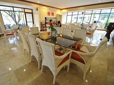 vacation hotel cebu_restaurant