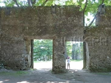 camiguin tourist spots_old church ruins
