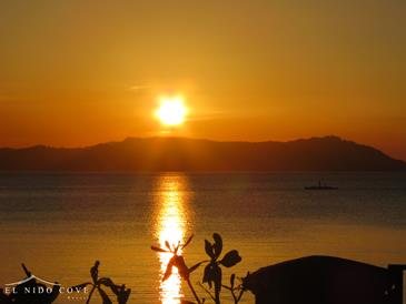 el nido cove resort_sunset