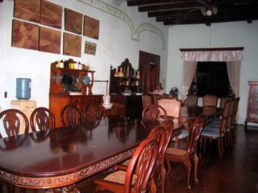 villa angela heritage house_dining room