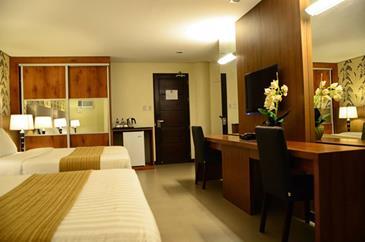 Gt Hotel Iloilo Family Room