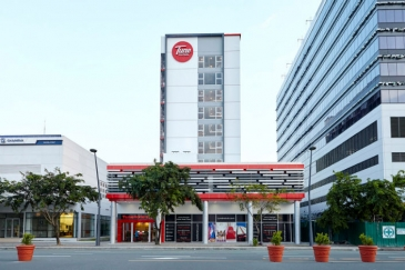 TUNE HOTELS MANILA - Ermita (Red Planet Hotel Ermita)