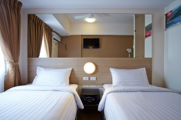 tune hotel cagayan de oro_twin room
