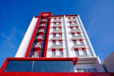 TUNE HOTEL - Davao (Red Planet Davao)