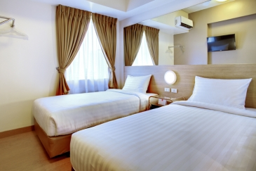 tune hotel ortigas_twin room