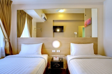 tune hotel ortigas_twin room2