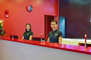 red planet hotel davao_front desk