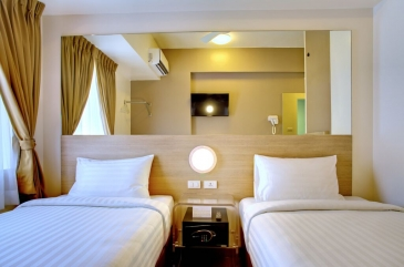 red planet hotel ortigas - room2