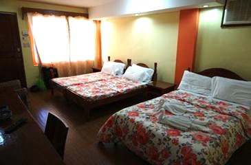 octagon bed and dine batanes_room
