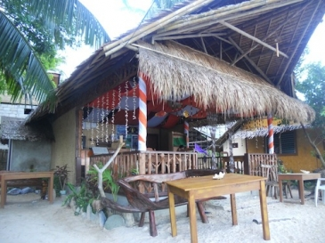 orange pearl beach resort el nido_restaurant