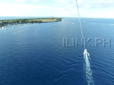 parasailing in cebu - view from top