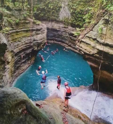 cebu canyoneering_cliff jumping