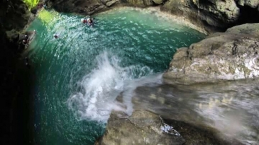 canyoneering cebu_waterfalls
