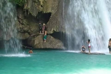 cebu canyoneering_bamboo rafting