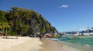 seven commandos beach el nido