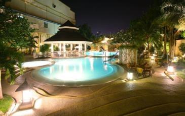 Waterfront cebu hotel casino cebu city for Cheap hotels in cebu with swimming pool
