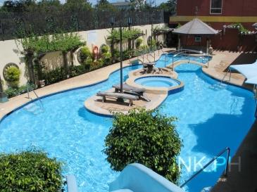 Crown regency mactan cebu hotel - Diamond suites cebu swimming pool ...