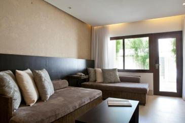 district boracay_deluxe suite