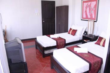 one rovers place_executive room