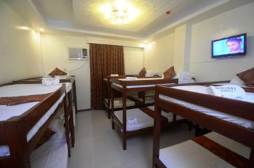 aquari suites palawan_dorm room