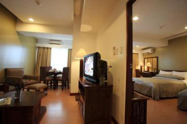 malayan plaza hotel_one bedroom premiere