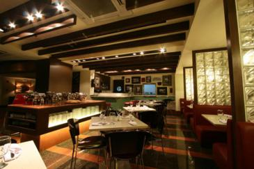 crown regency makati_restaurant