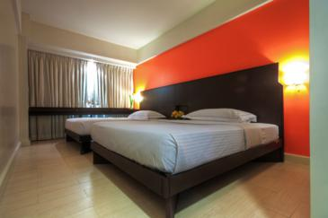 remington hotel manila_guest room