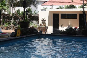 copacabana apartment hotel_swimming pool