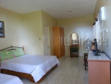 camotes resort_room