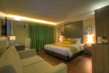 one greenbelt hotel_suite room