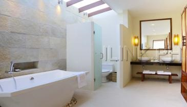 sumilon_villa bathroom