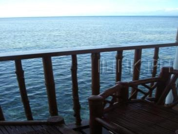 nalusuan_cottage balcony
