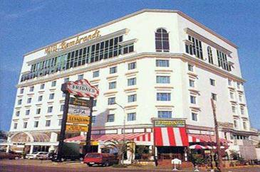 quezon chat rooms Chat with our travel consultant hotline  the room is not yet cleaned enough and tissue supply is not supplied ahead of time  cheap hotels in quezon city.