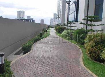 bsa twin towers_jogging path