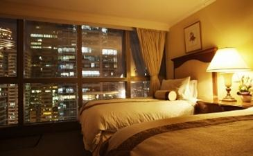 discovery suites ortigas_three bedroom suite