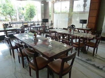 mj hotel and suites cebu_cafe