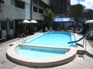 Hotel Supreme Baguio Swimming Pool