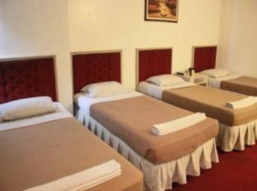 Hotel Supreme Baguio Family