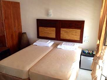seafari resort_guest room