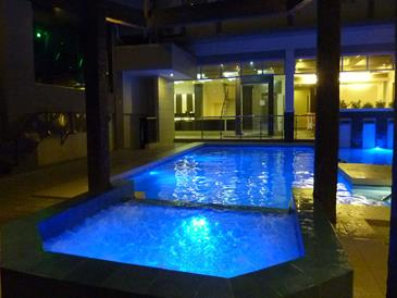 circle inn iloilo_jacuzzi