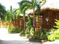 villa de oro resort